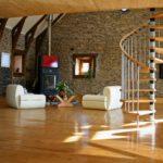 Полезные советы по внутренней отделке помещений загородного дома