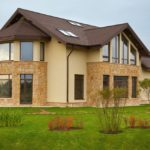Ремонт и отделка фасада загородного дома