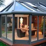 4 причины для строительства веранды в дачном домике